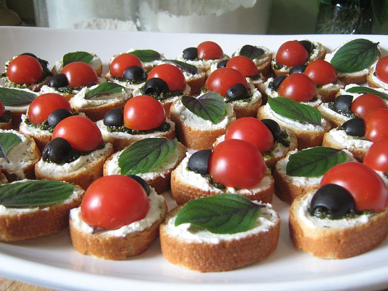 Rindy mae ladybug crostini for How to make a canape