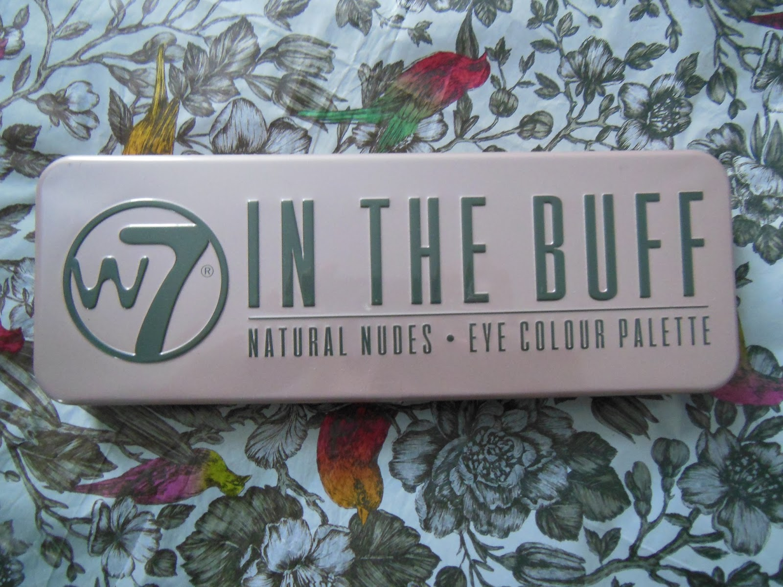 W7 in the buff eye shadow palette