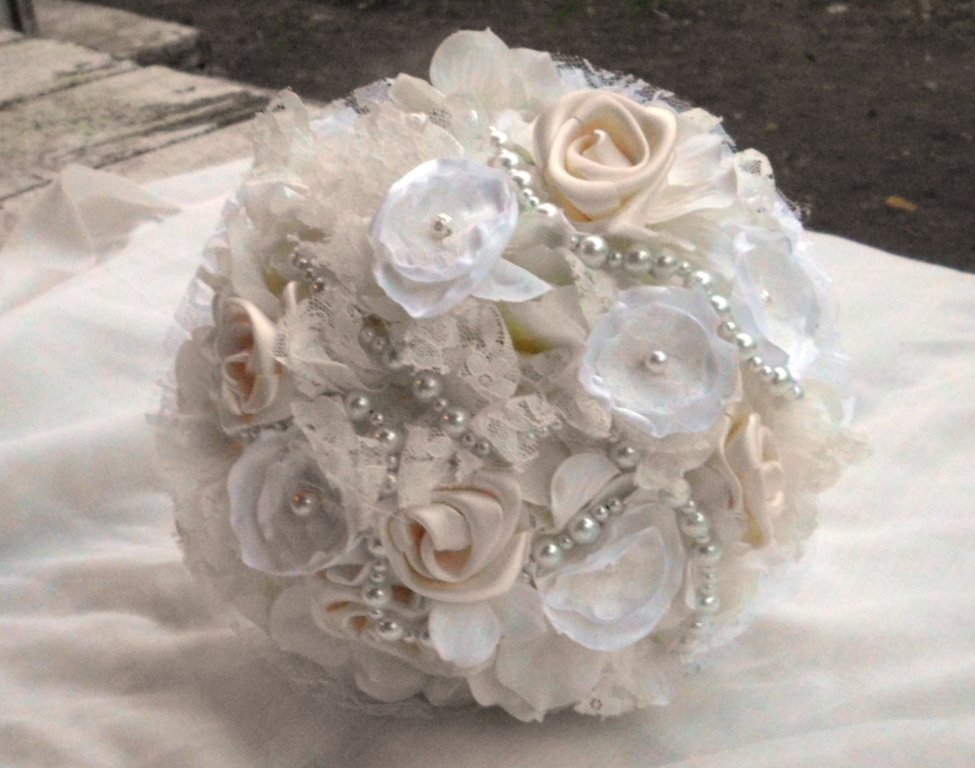 Have it All: Fabric Flower Bridal Bouquets for Handmade Weddings