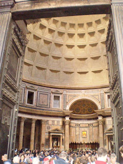 Inside the Pantheon, Rome - How to see Rome in a hurry, our Two day sightseeing whirlwind!