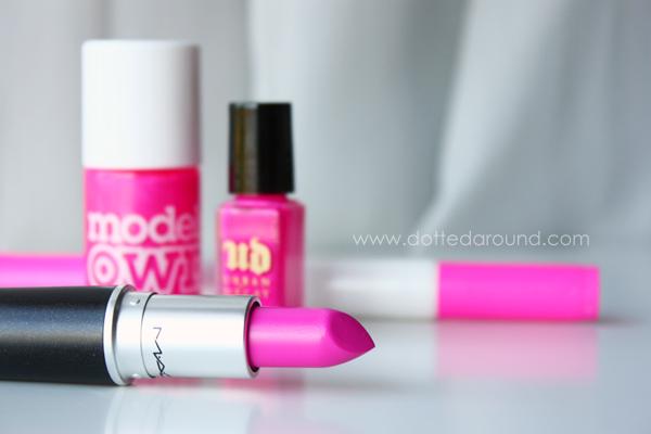 Mac candy yum yum neon lipstick