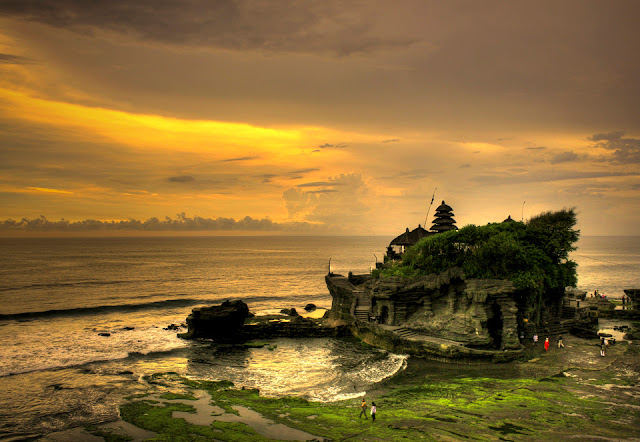 Objek Wisata Pura Tanah Lot, Tabanan Bali 4