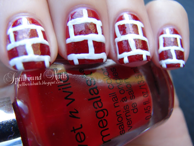 nails nailart nail art mani manicure Spellbound ABC Challenge B Bricks Christmas red white lines sponging sponged sponge