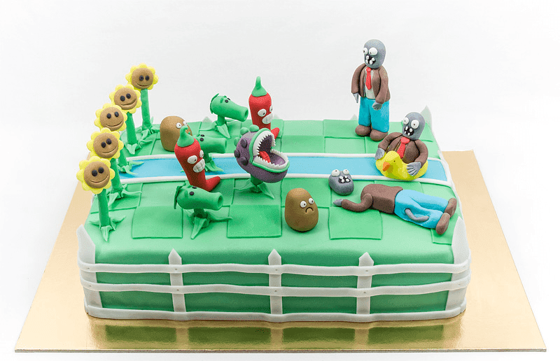 Plants vs zombies fondant cake front shot