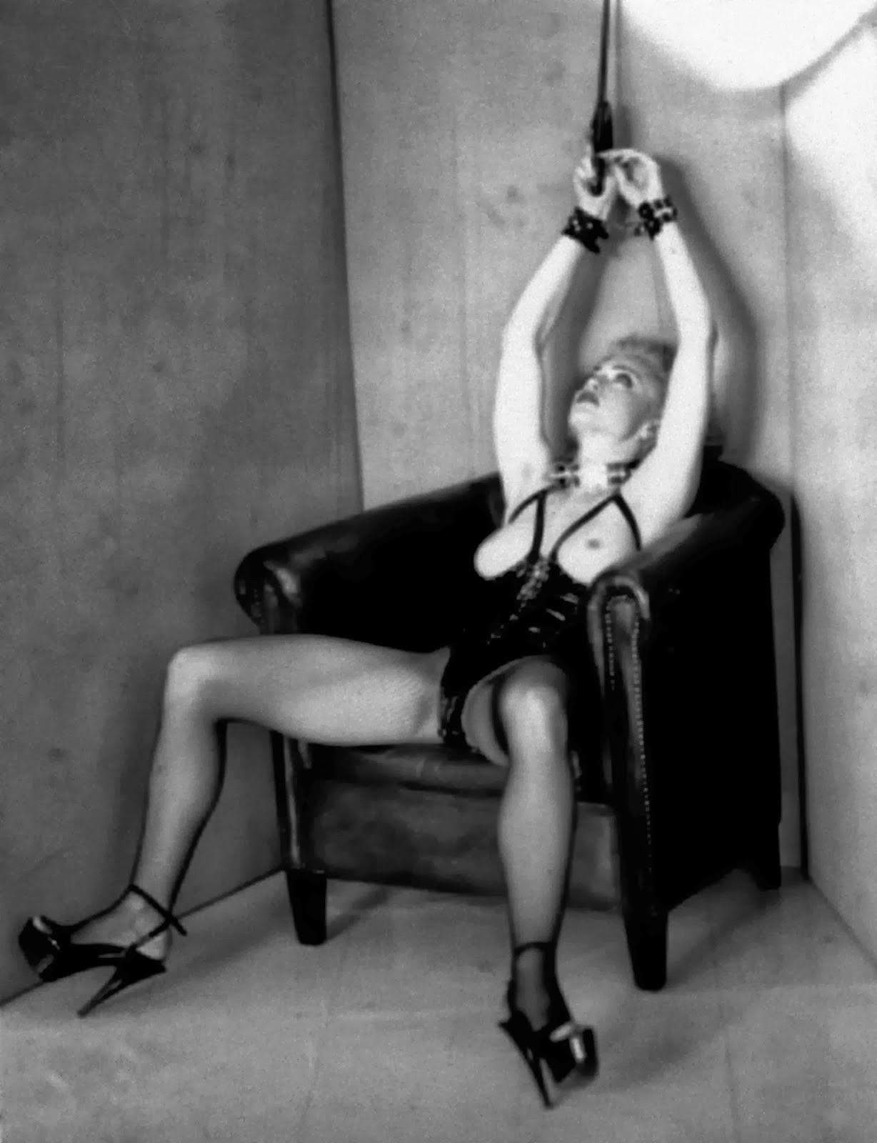 book-photos-madonna-porn-ashvaria-hot-topless-cumshut