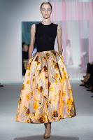 Обемна макси пола на цветя от Christian Dior