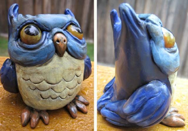 03-Blue-Owl-Deanna-Molinaro-aka-Chickenshoot-Odd-Clay-Sculptures-www-designstack-co