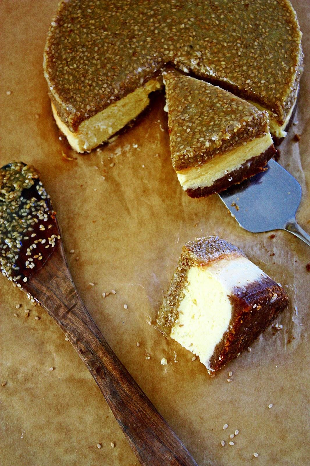 Sesam Karamell Cheesecake mit Tahini