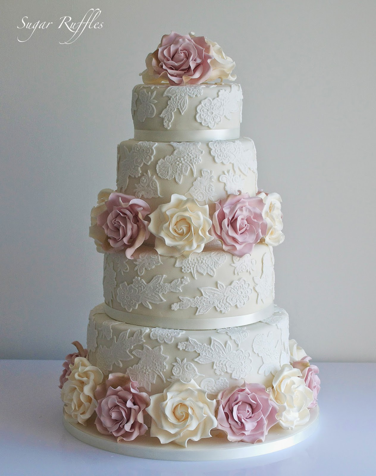 lace wedding cake with ivory amnesia roses. Black Bedroom Furniture Sets. Home Design Ideas