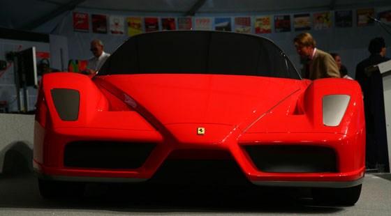Foto Mobil Konsep Ferrari Millechili 06