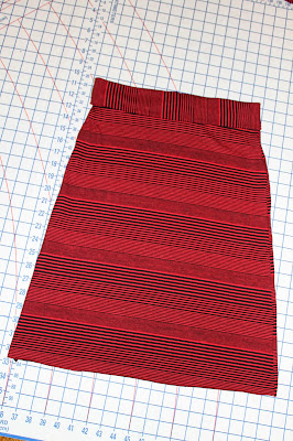 Seamingly Smitten: DIY Knit Pencil Skirt with Fold Over ...