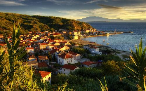 Ciudad de Susak, Croacia by Boris Frkovic