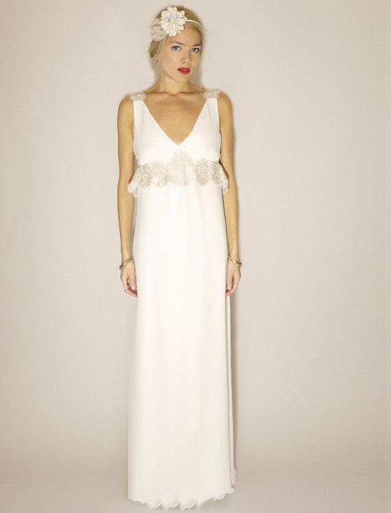 Vintage Wedding Dress Shop 80 Beautiful silk chiffon empire waist