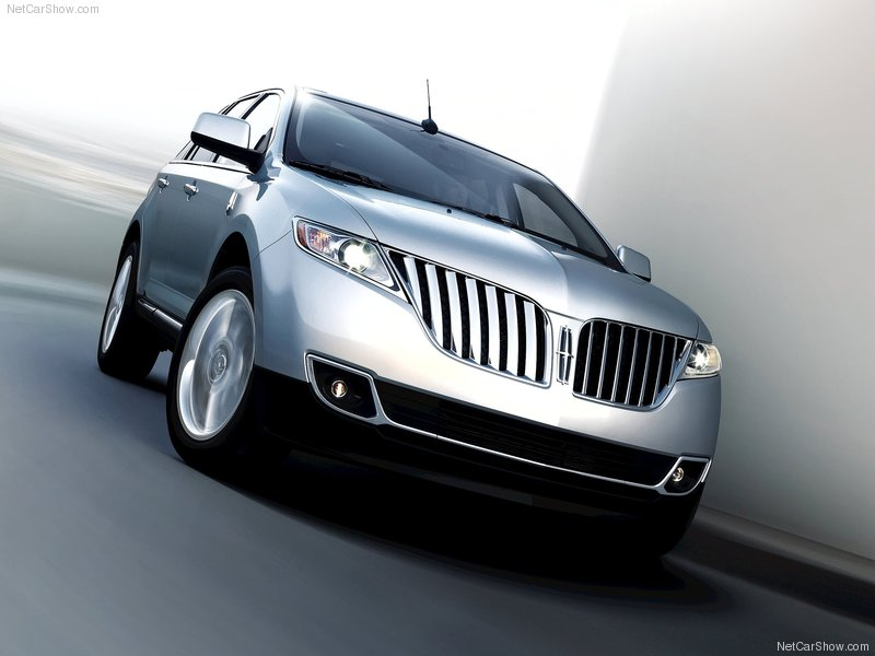 2011 Lincoln MKX Midsize Luxury Crossover