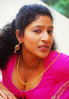 Manju-Sobhana-hot-Tamil-Actress-2