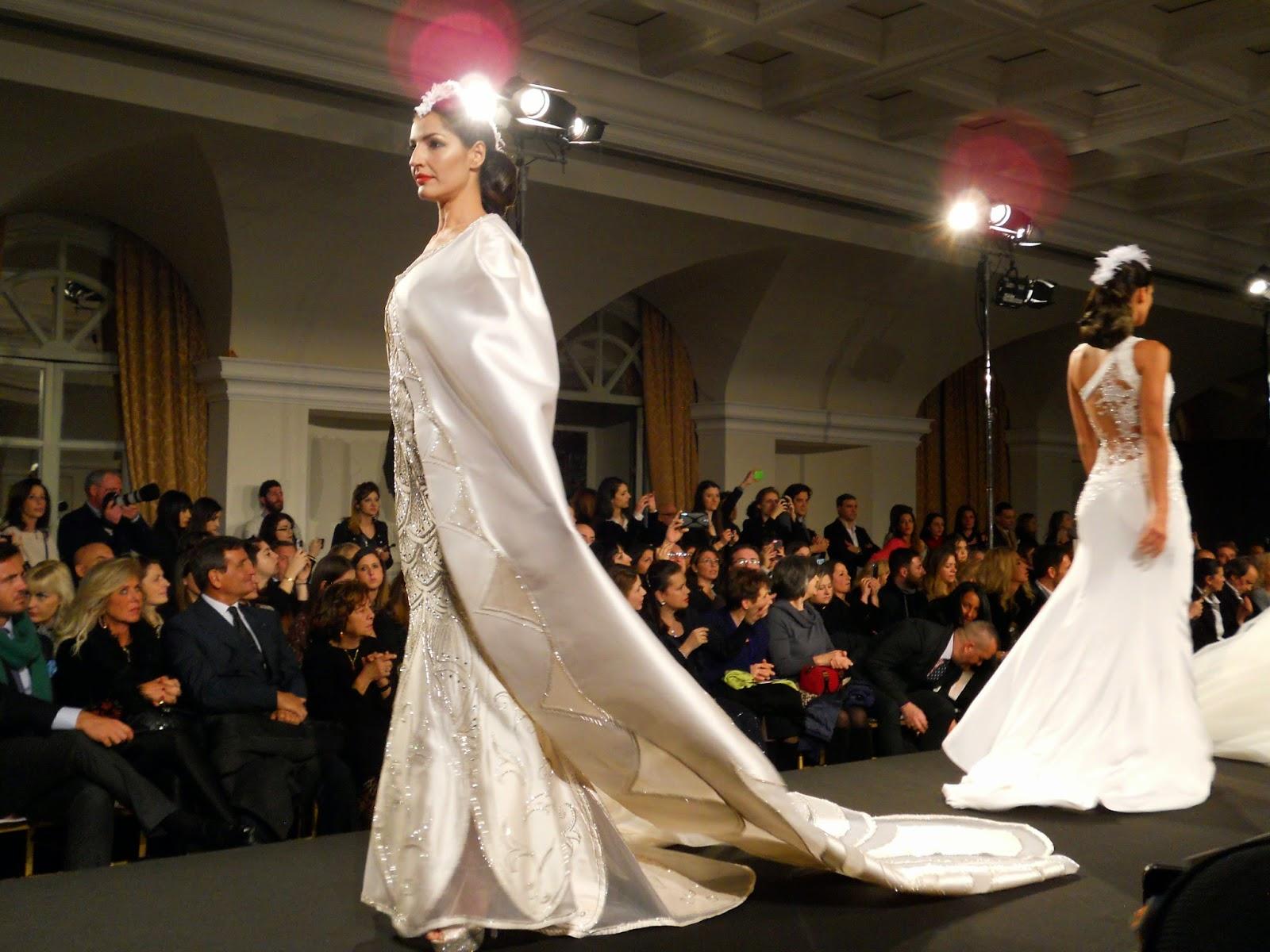 Sfila il fantastico Olimpo di Gianni Molaro nell ottocentesca lussuosa  Villa Miani in passerella 20 abiti di Haute Couture. 49ccdd3d3f5
