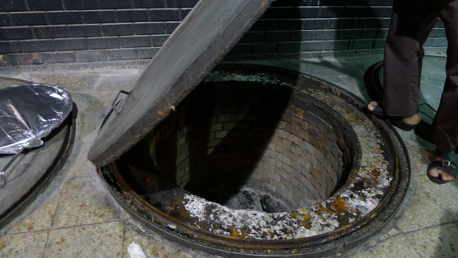 http://gadisbogel.blogspot.com/2010/01/sedapnya-hisap-lubang-pantat