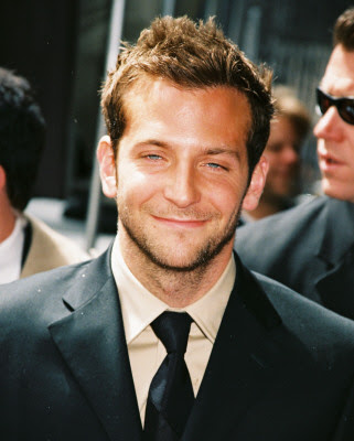 BRADLEY COOPER SHORT SPIKY HAIRSTYLE