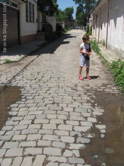 брусчатка на улице Дыбенко Симферополь