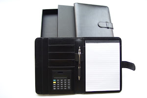 "CENTRUM LINK - ""PU A5 FOLDER WITH CALCULATOR & PEN"""