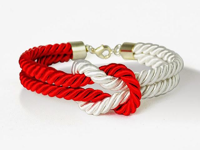 Casualowa bransoleta ze skręcanego sznura
