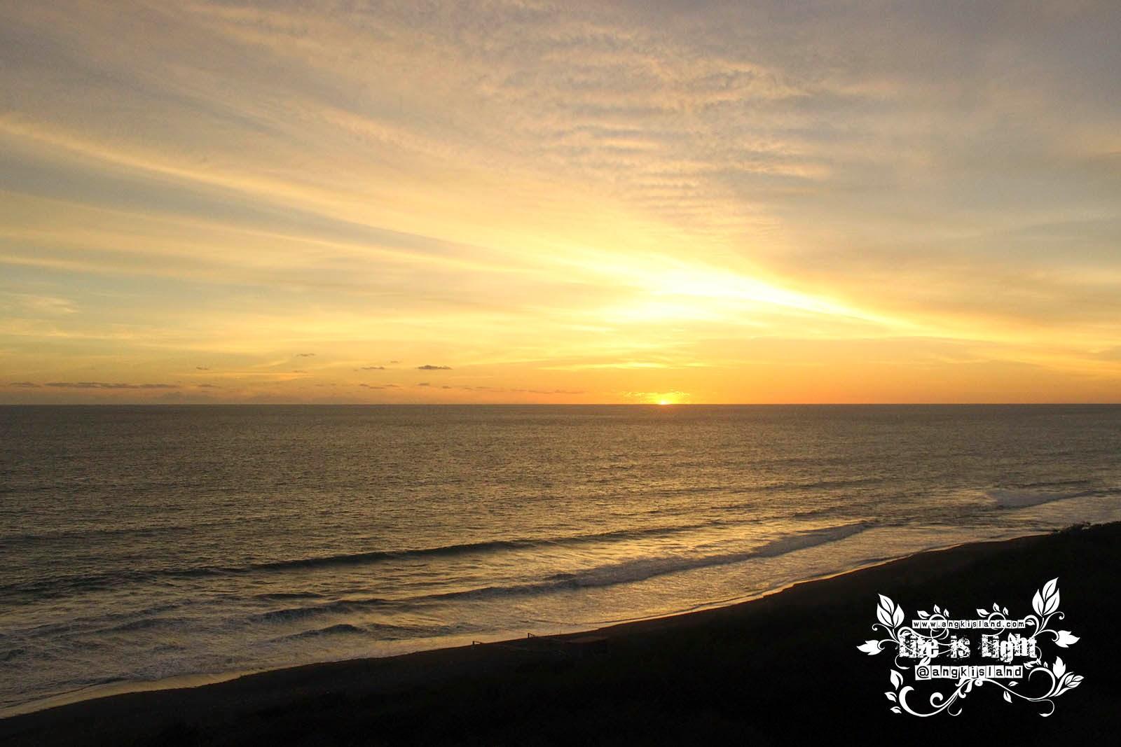sunset pantai bantul