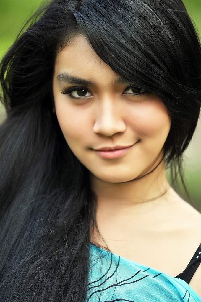 Foto dan Biodata Melody Prima Ananda Divia - Si Biang Kerok -