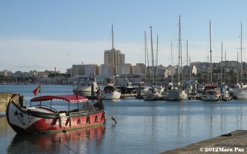 Barcos na zona ribeirinha de Portimão