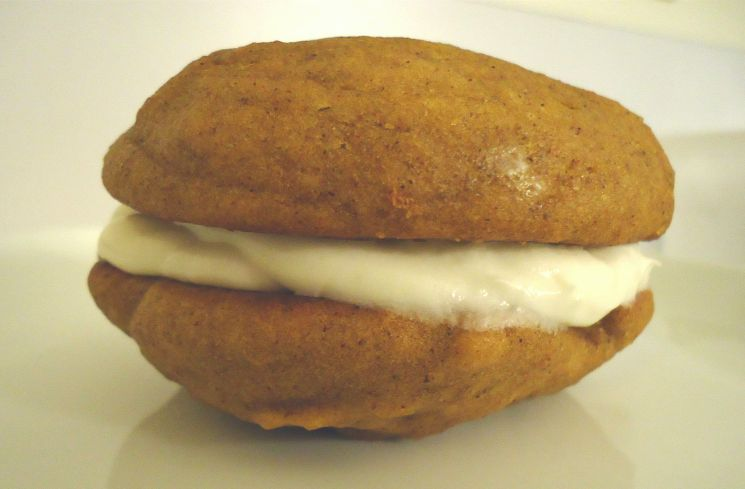 Pumpkin Whoopie Pies With Maple-Marshmallow Cream Filling Recipes ...