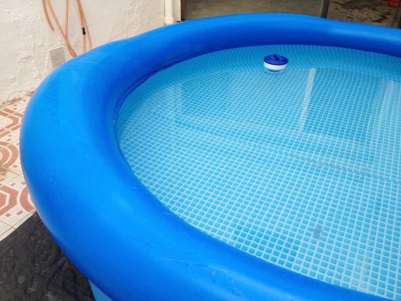 Piscina hinchable pinchada - Parches para piscinas desmontables ...
