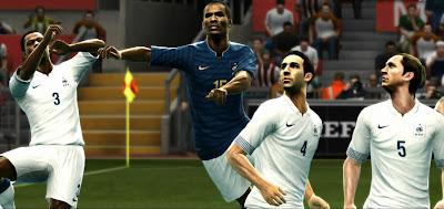 Preview2 PES 2012: Uniforme da França 12/13