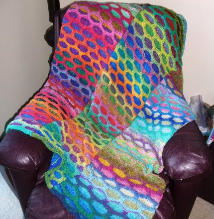 Honeycomb Waves Blanket - Free Pattern