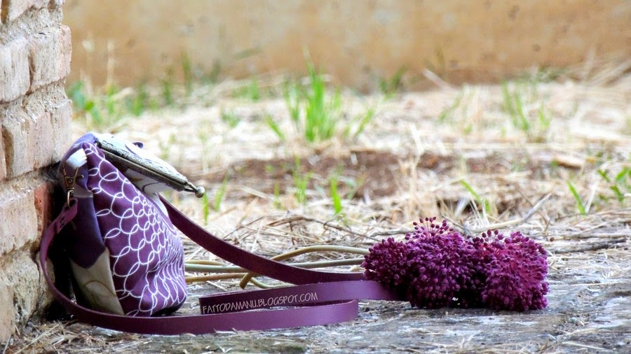 Borsa con chiusura clic clac. M.oi! Fattodamanu.blogspot.com