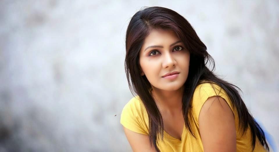 Bangladeshi Model RJ Maria Noor