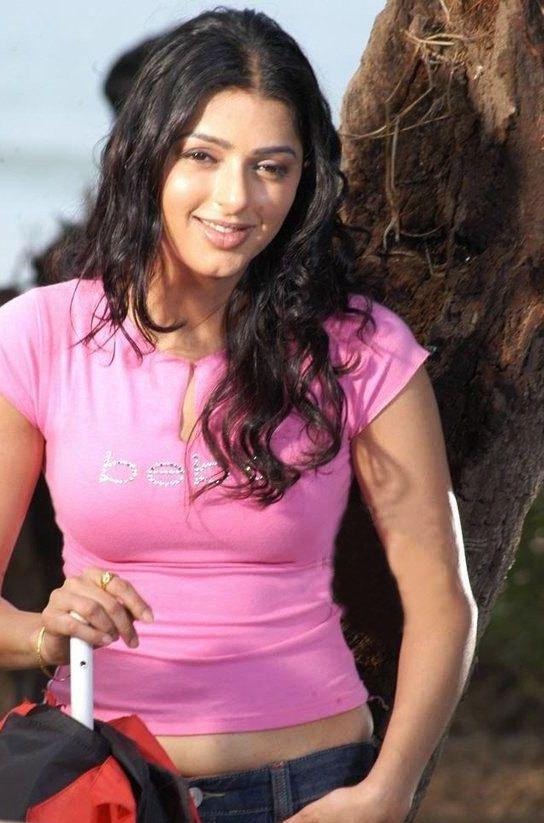 Bhumika Chawla Hot