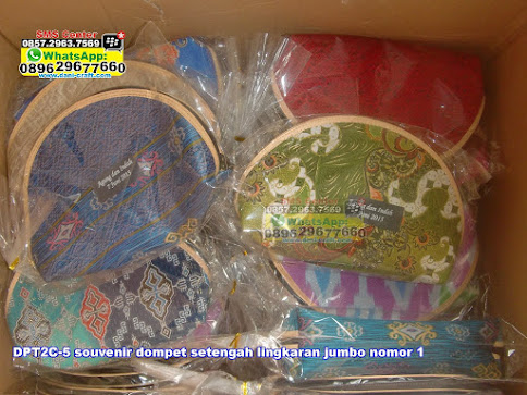 jual Souvenir Dompet Setengah Lingkaran Jumbo Nomor 1