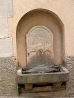 La Font de Sant Josep amb l'escut de Moià