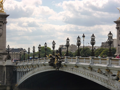 Pont Des Invalides, Paris, France www.thebrighterwriter.blogspot.com