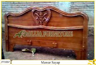 Tempat tidur ukiran kayu jati Mawar Sayap