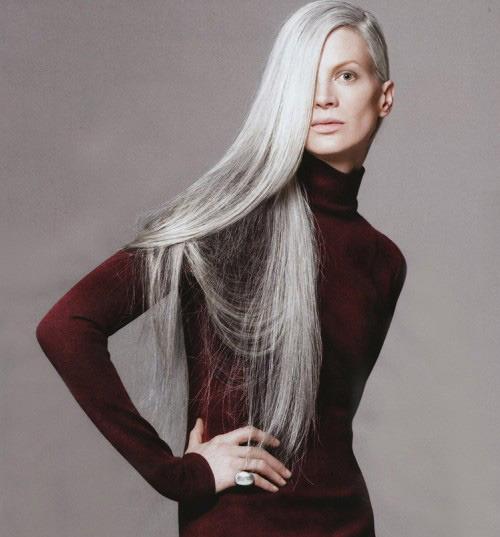 http://2.bp.blogspot.com/--LjsWVmuEss/TcizbZgzP7I/AAAAAAAAE-4/Zk0mb572FeI/s1600/kristen-mcmenamy-grey-hair1.jpg