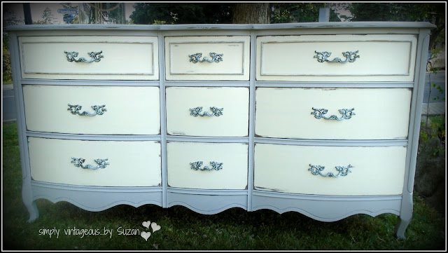 Annie Sloan Chalk Paint - Paris Grey & Old White