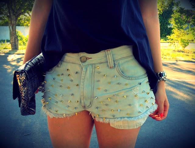 http://2.bp.blogspot.com/--M0Xs65a0jc/UPb1PpJgM2I/AAAAAAAABPo/LbfqHFdhLxE/s1600/shorts11.jpg