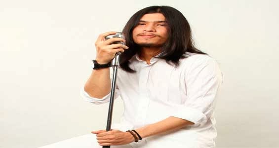 Kisah cerita sejarah perjalan Virzha di Indonesian Idol 2014
