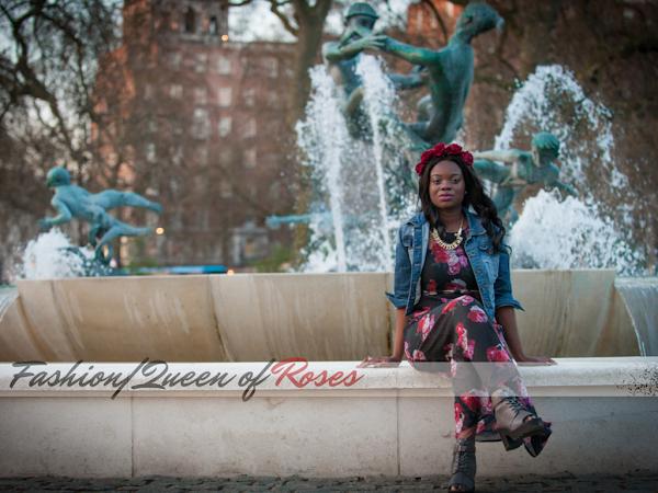 500竞彩网|玫瑰皇后饰有H&M黑色SHEER长裙和EBAY玫瑰色发带
