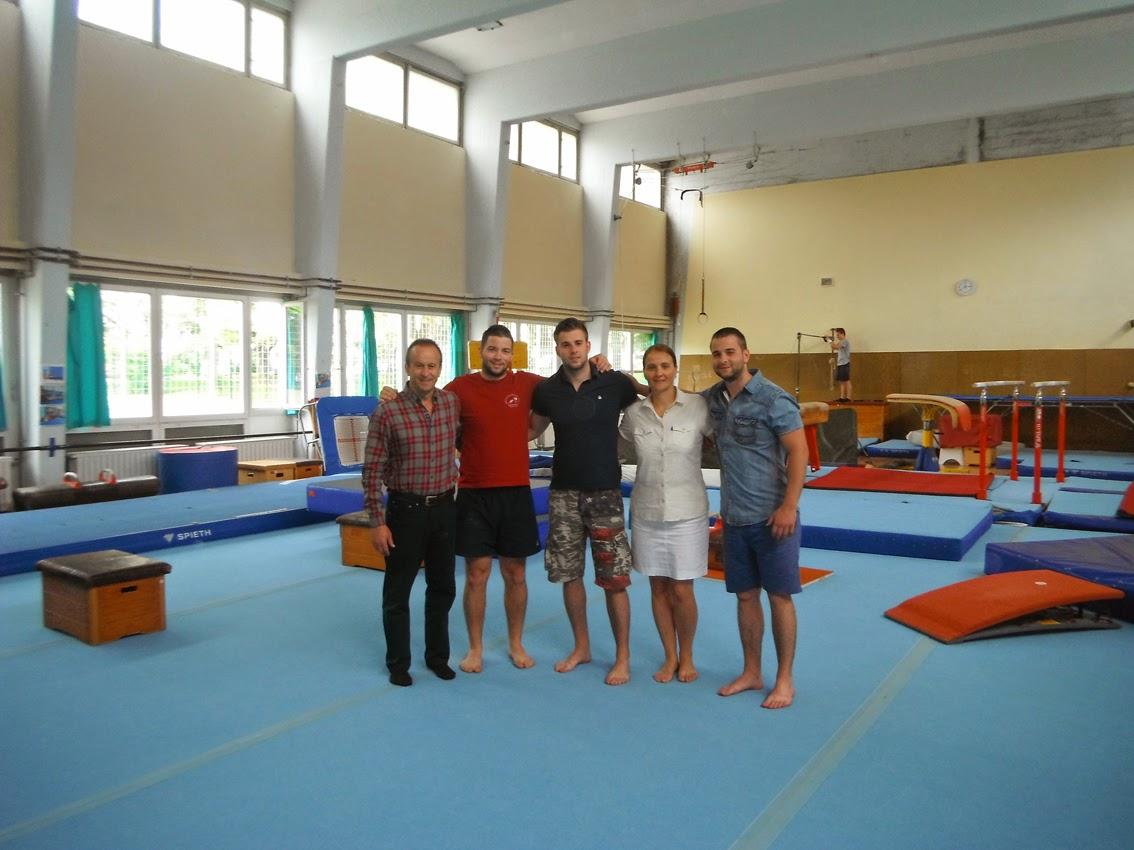 http://2.bp.blogspot.com/--M51TRIfatI/U-E8guVA-VI/AAAAAAAAAPI/1cRkkZe6ddA/s1600/gimnastika+maribor+1.jpg