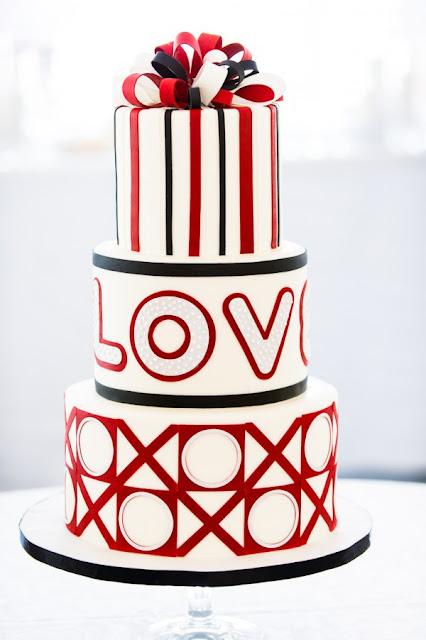 Red Theme Wedding Cake