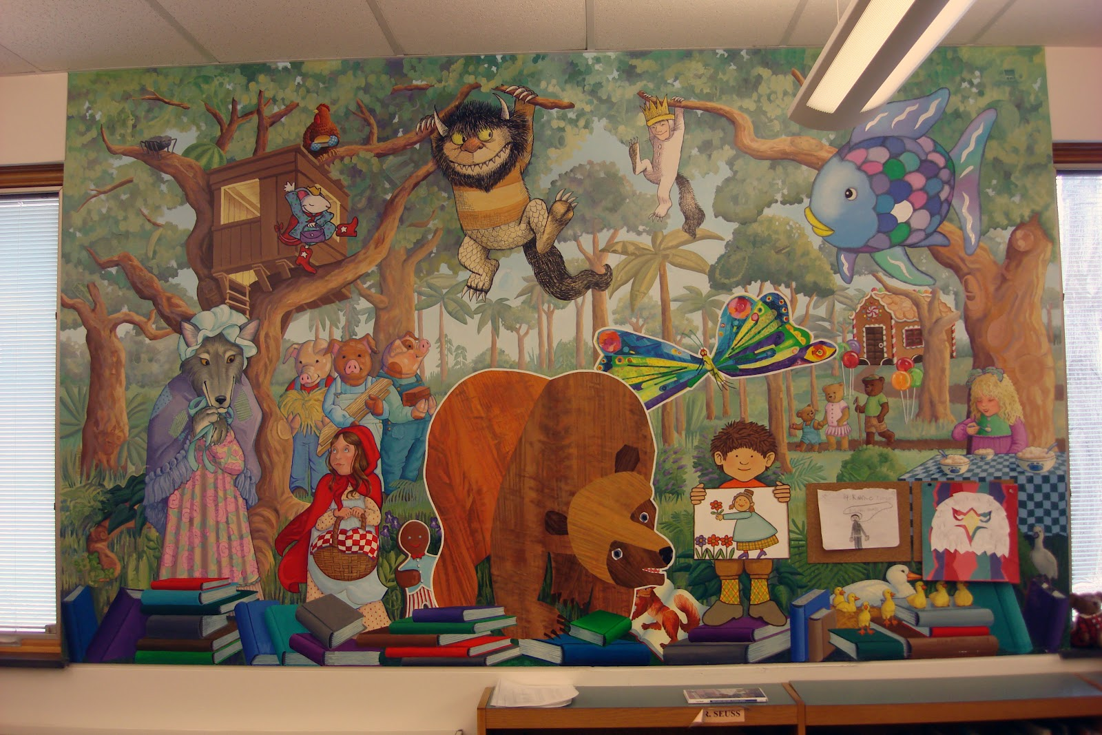 The Logan Elementary School Altoona PA Library Has 2 Large Murals