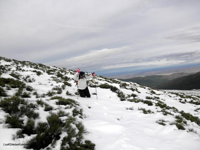 Cruzando las pistas de Valdesqui
