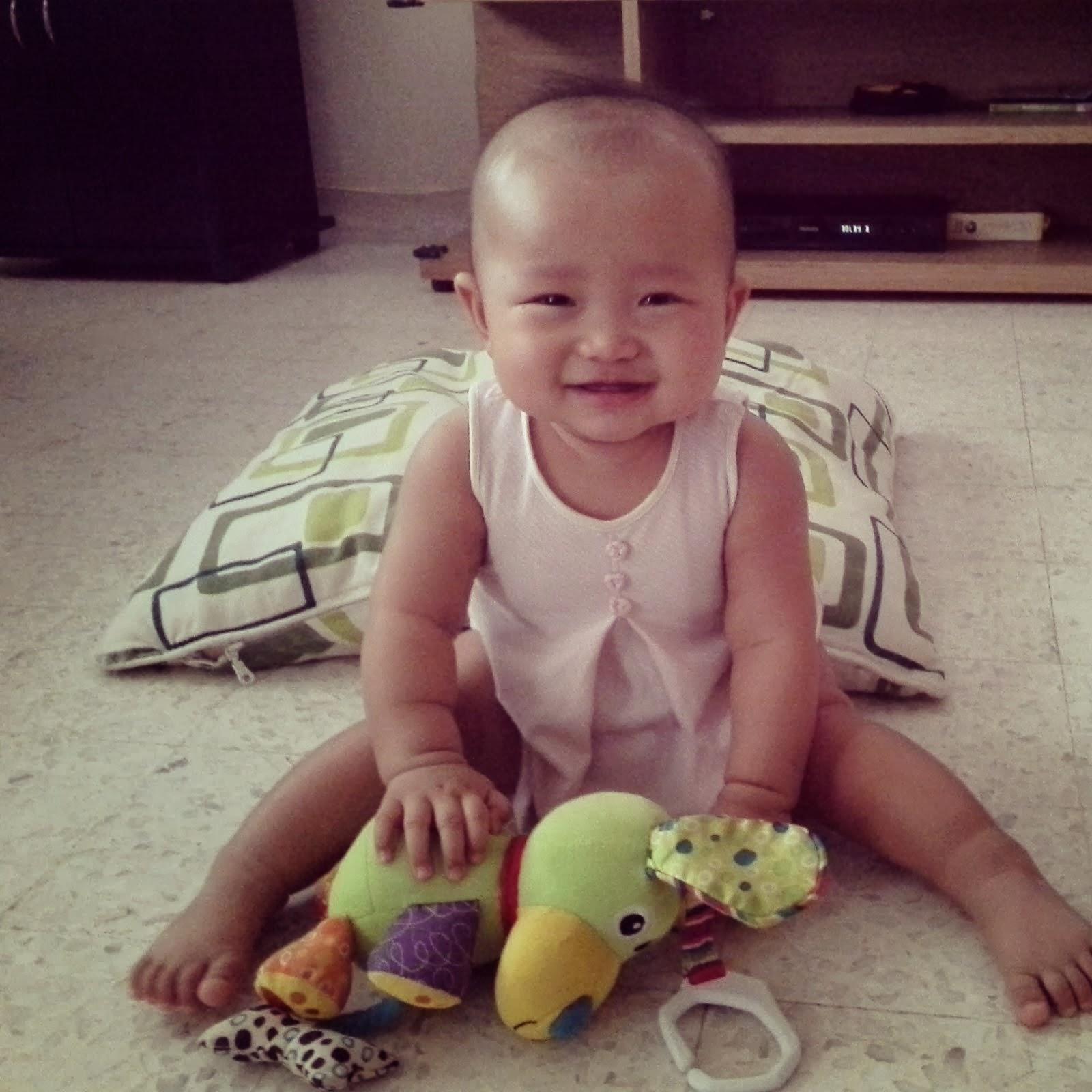 Daisy Amelia @ 7 months