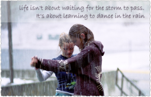Raining Quotes and Wallpapers girls dancing